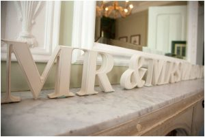 MR and MRS Sign