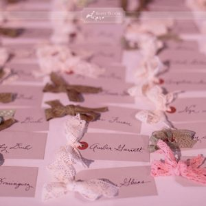 luggage tags escort cards