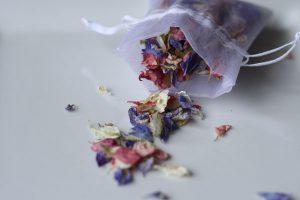 freeze dried petal confetti summer mix