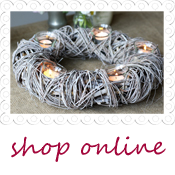 rustic wreath wedding table centre