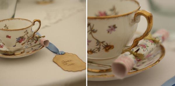 vintage tea cups wedding favour crackers