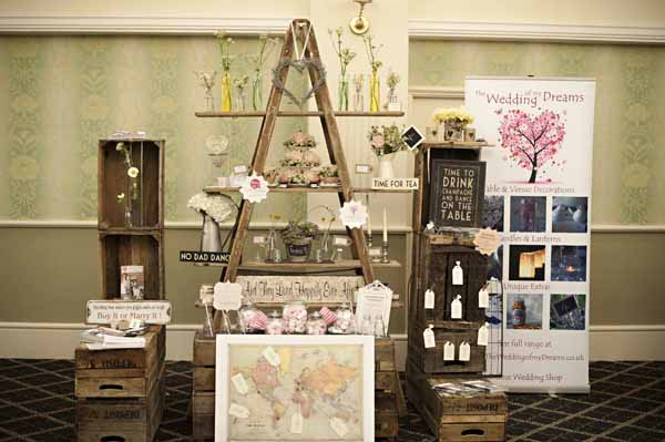 The midlands vintage chic wedding fair our stand the for Idee deco retro chic