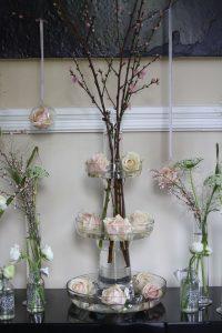 Hampton Manor entrance wedding flowers