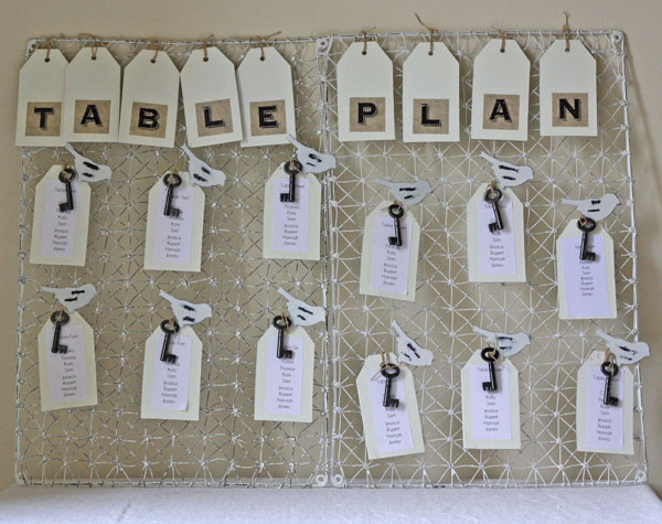 Table Plan with bird pegs