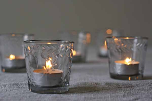 glass tea light holders with etched star design