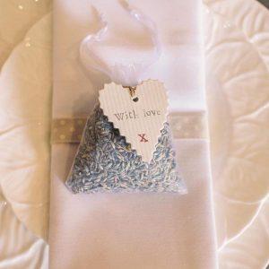 lavender bag wedding favours