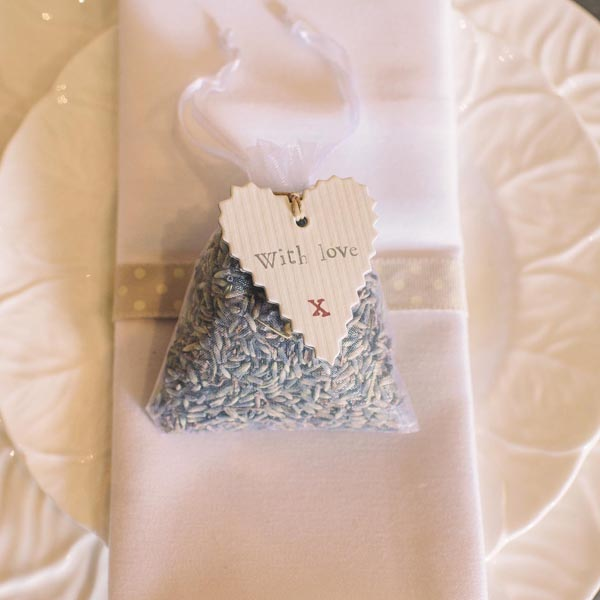 lavender bag wedding favours