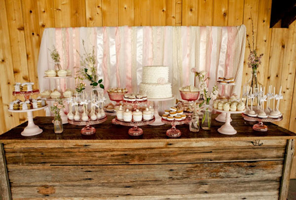 wedding dessert table glass cake stands