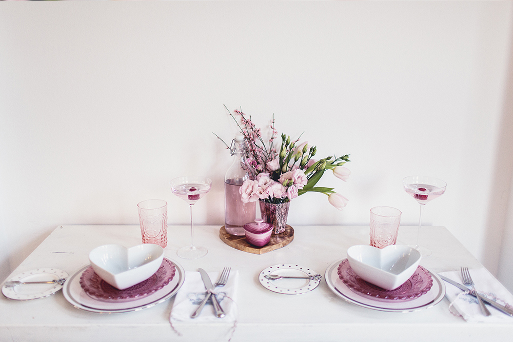 valentines day meal table styling (2)