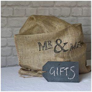 hessian sack for wedding gifts