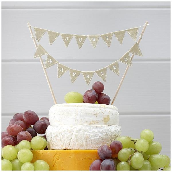 hessian wedding ideas bunting cake topper