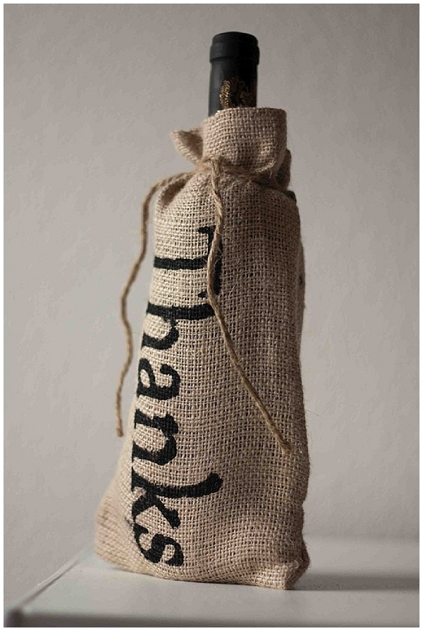 hessian wine bottle covers for thank you gifts wedding ideas