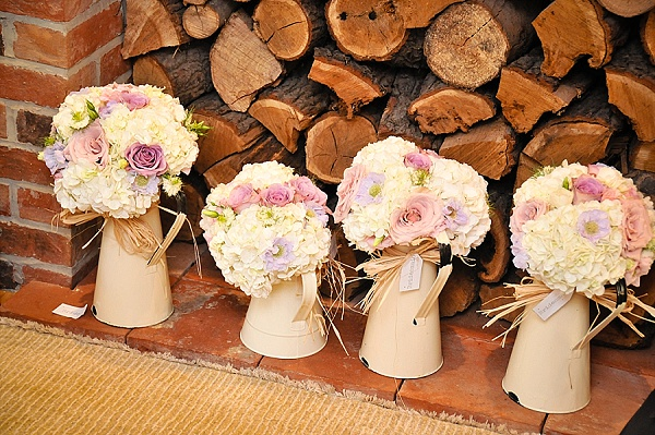 Rustic wedding tree slices bark vases hessian runners cream jugs for weddings for sale junglespirit Choice Image