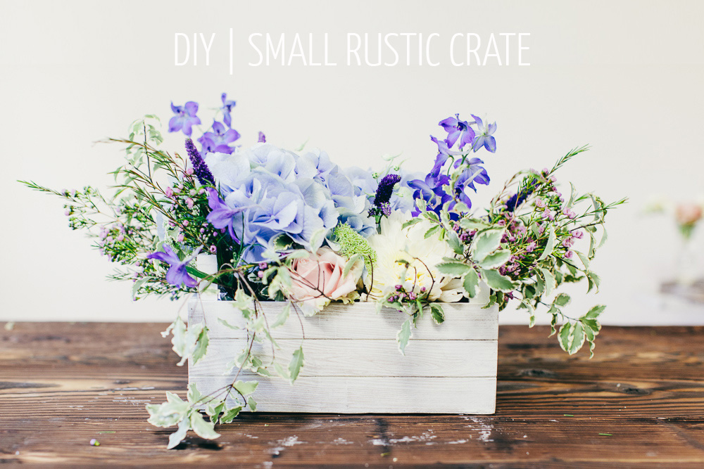 how to make a centrepiece in a wooden crate wedding