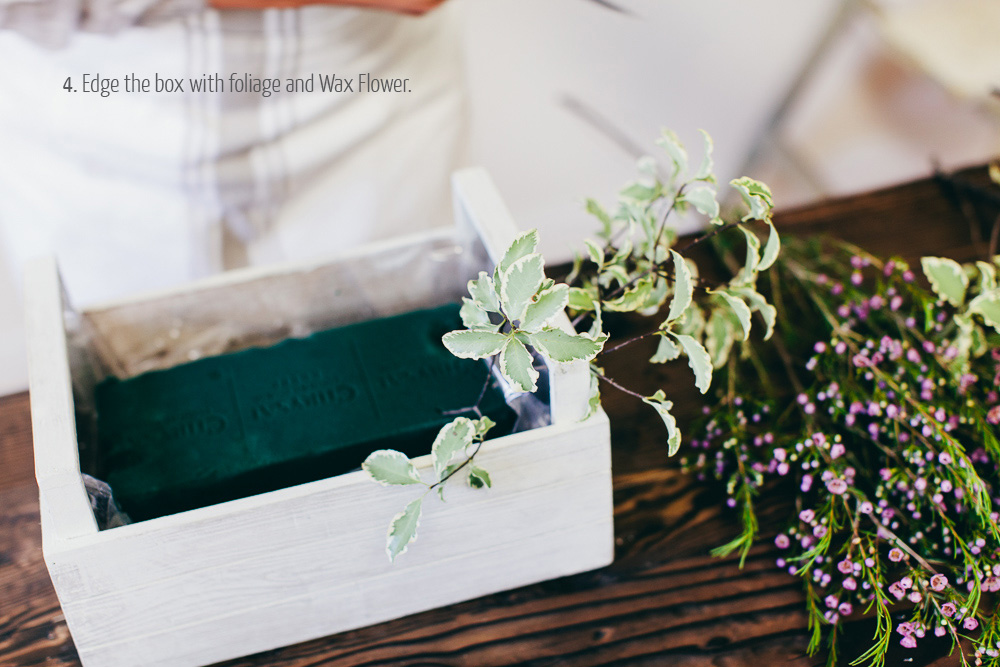 how to make a  wedding centrepiece in a wooden crate