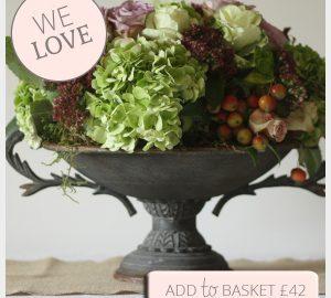 rustic urn wedding centrepiece