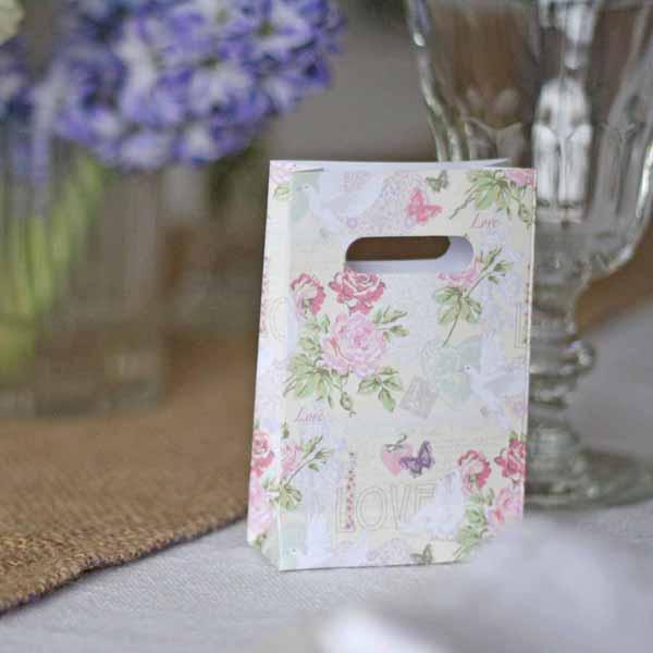 pretty floral countr garden wedding favour bags