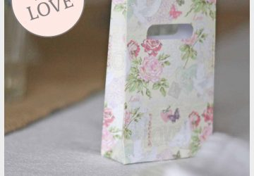 pretty floral wedding favour bags
