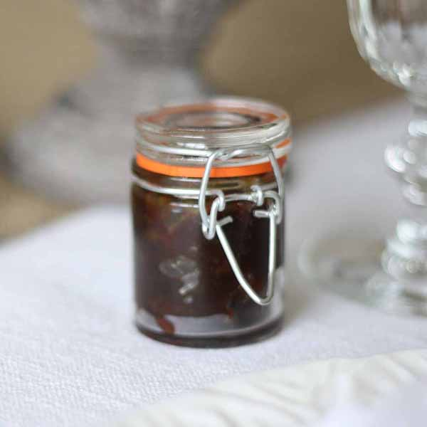 tiny pots for homemade jam or chutney wedding favours