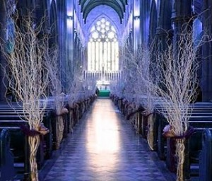 white twigs down the aisle for a winter wonderland wedding