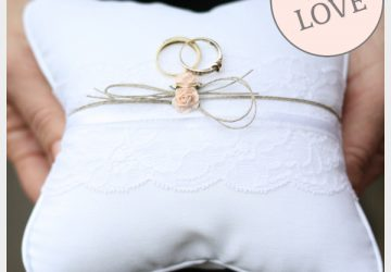 lace and twine ring cushion