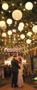 paper lanterns for weddings available from www.theweddingofmydreams.co (3)