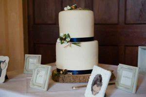 rustic wedding cake stand tree slice tree slab