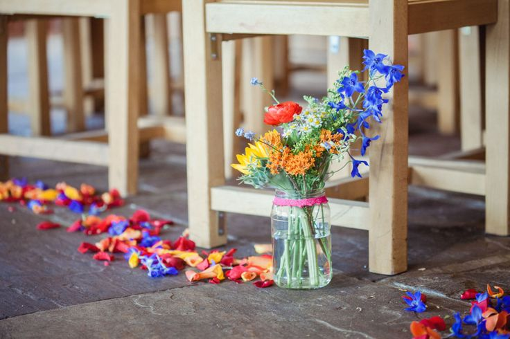 rustic barn wedding ceremony decorations