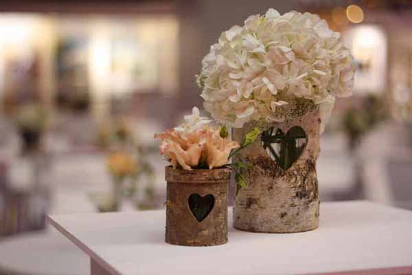 Rustic Wooden Vase wedding centrepieces
