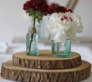tree_slice_rustic_wedding_centrepiece