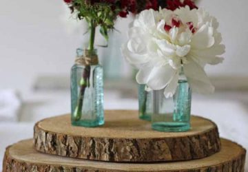 tree_slice_rustic_wedding_centrepiece