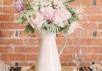 country style jug vase available from @theweddingomd