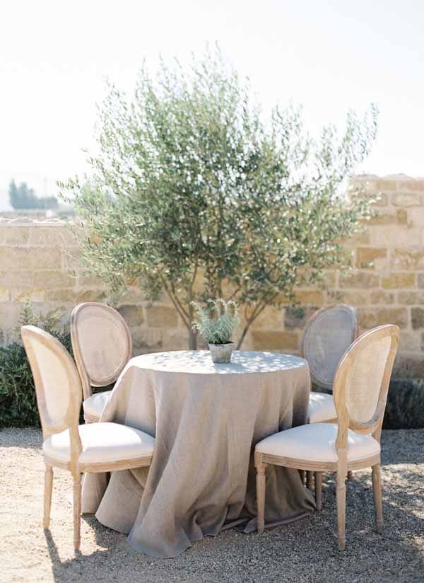 grey cotton table cloths for weddings add rustic elegance to any table (2)