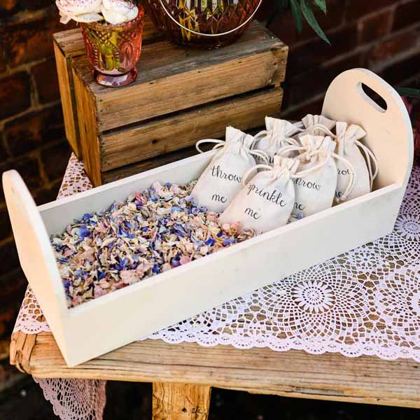 Biodegradable-wedding-confetti-in-baskets-trug