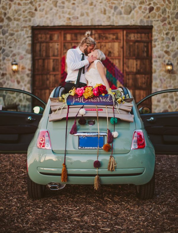 amazing decorations for wedding cars