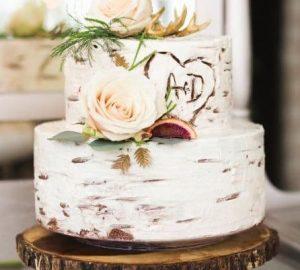 woodland wedding cakes rusticweddingchic.com - keiralemonisphotography.com