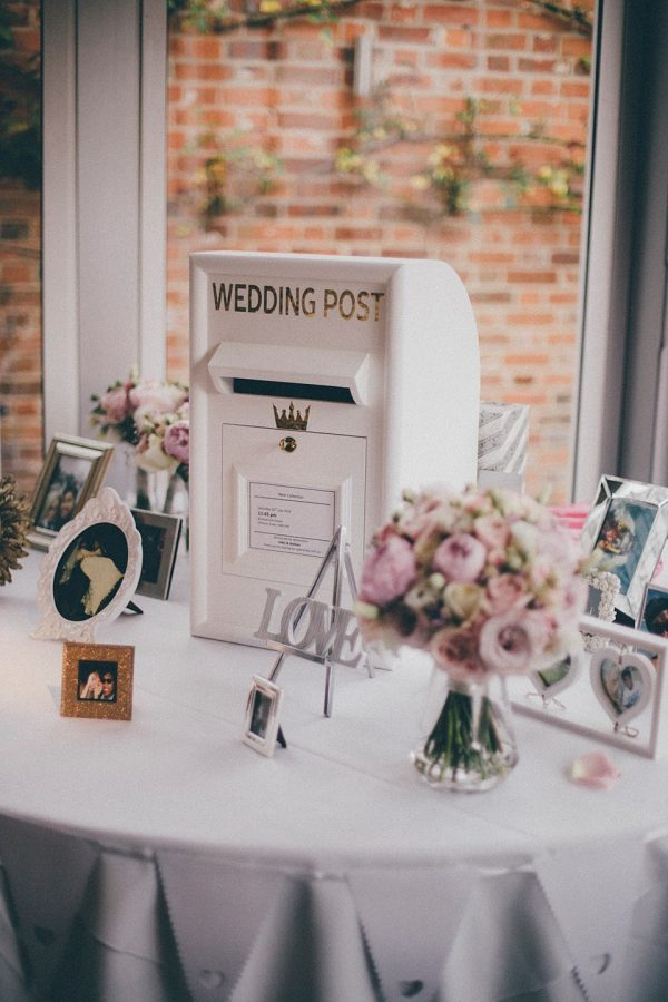 Unique Wedding Gift Table : Lovely Ideas For Your Wedding Gift TableThe Wedding of My Dreams