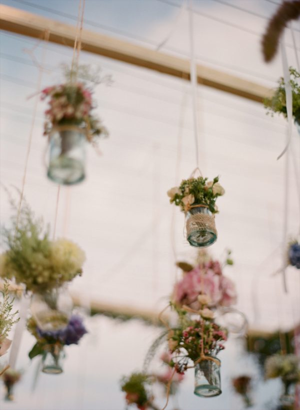 hanging vases available from @theweddingomd stylemepretty.com - anetamak.com