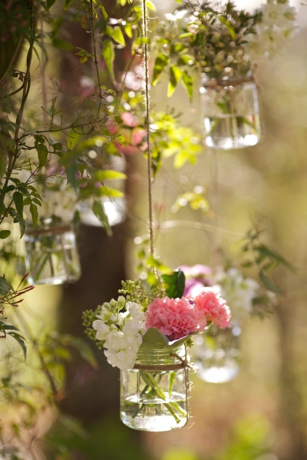 hanging vases available from @theweddingomd stylemepretty.com - butterflyphilosophy.com.au