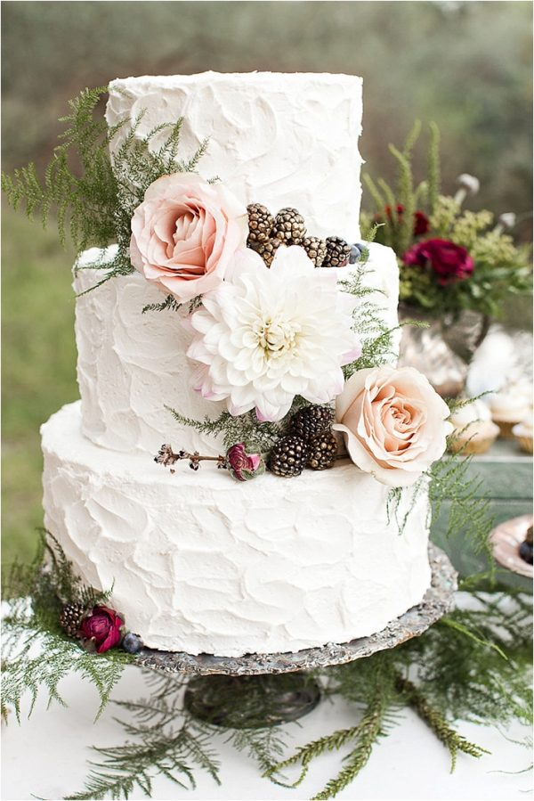 woodland wedding cakes thesoutherncaliforniabride.com - loveeyelet.com