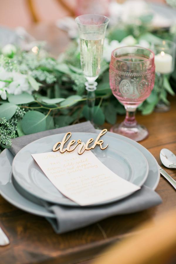 wedding place cards Ruffled - photo by http://kivalophotography.com/ - http://ruffledblog.com/herbes-de-provence-wedding-inspiration