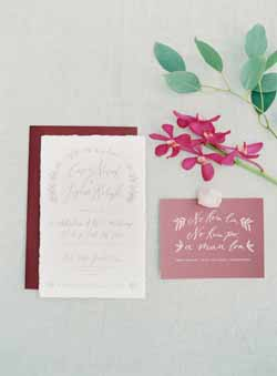 berry red and luxurious navy wedding colour scheme for autumn weddings