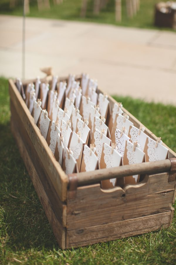 brown paper bags for confetti