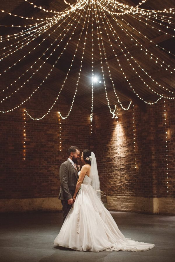 wedding dance floor rockmywedding-co-uk-thecurries-co