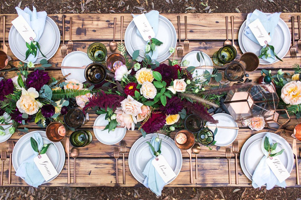place setting ideas for autumn weddings Ruffled - photo by Michelle Chiu Photography http://ruffledblog.com/flora-and-fauna-wedding-inspiration