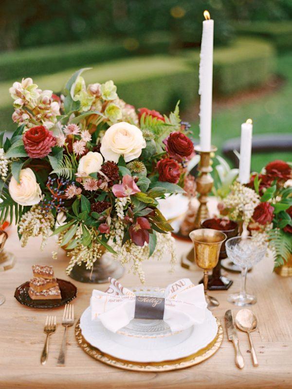 place setting ideas for autumn weddings stylemepretty-com-marisaholmesblog-com