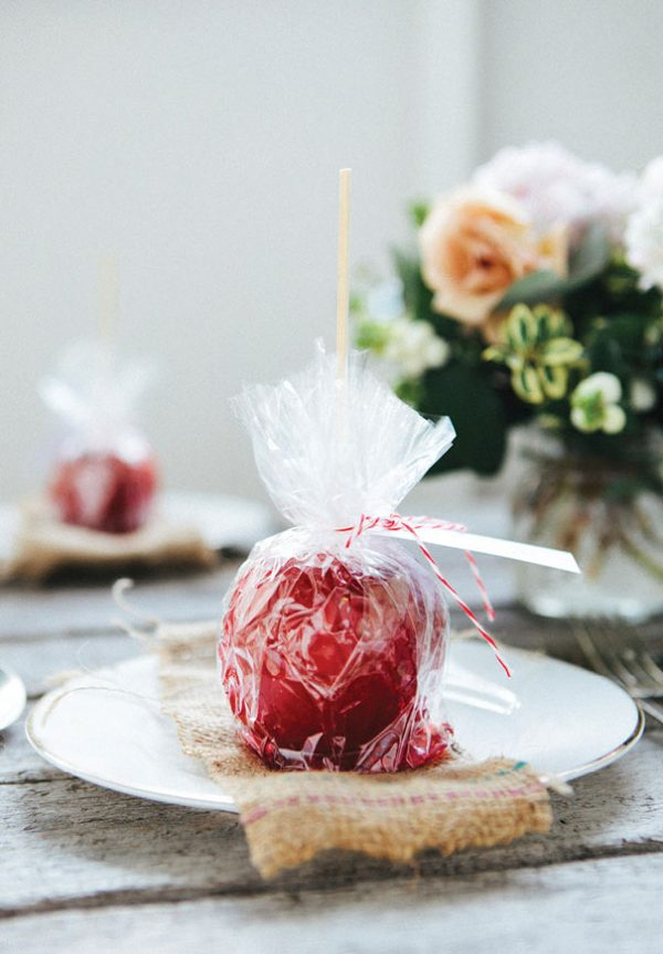how to style a bonfire night wedding hellomay-com-au-the-loved-ones-com