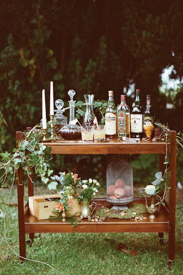 drinks stations at winter weddings onefabday-com-brosnanphotographic-com