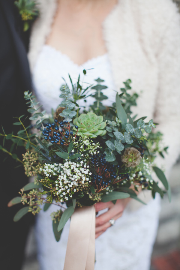 20 tips for planning a winter wedding ruffledblog-com-3photography-ca