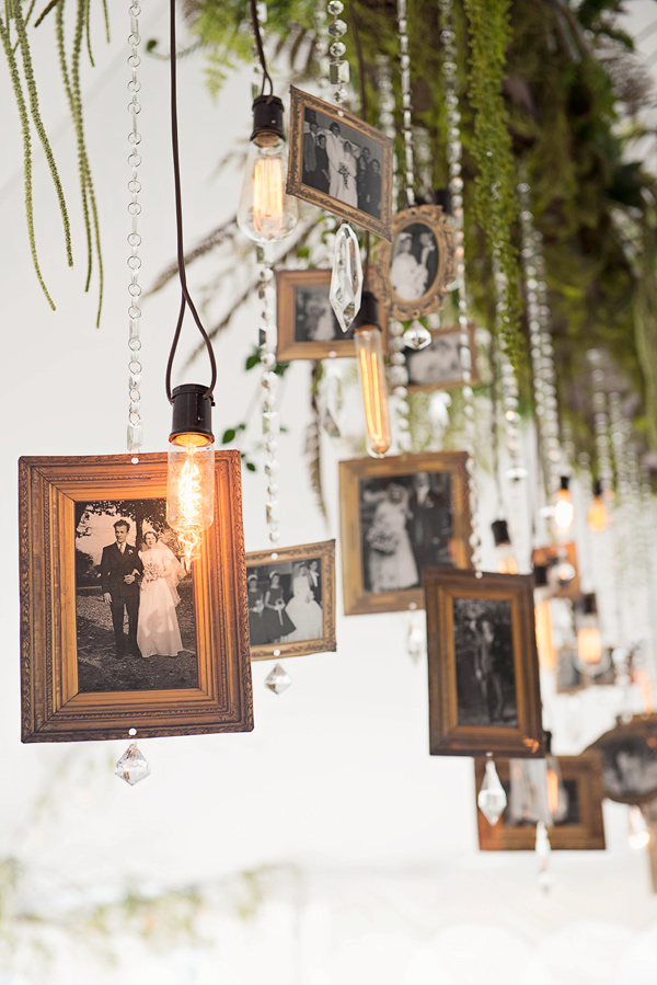 displaying photos at your wedding ruffledblog-com-tammyswales-com